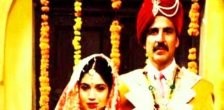 Poster of Akshay Kumar and Land Pardaner's film 'Toilet: Ek Prem Katha' is released, with the wish of his bride 'Clean Freedom'