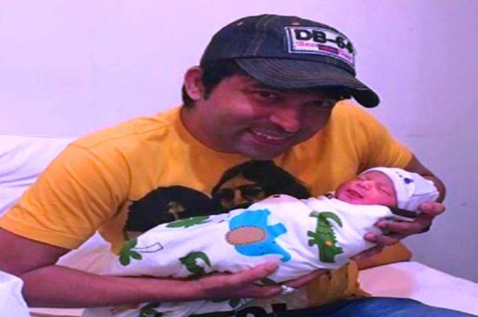 comedian chandan prabhakar after becoming a father shared his cute baby photo on instagram