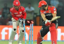 Shane Watson gives knee to the front of Akshar Patel
