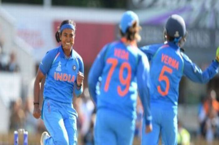 India beat Australia by 36 runs and confirm to final