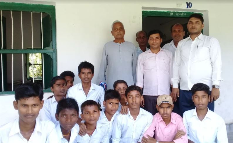 Nagendra shah with Students and Teachers