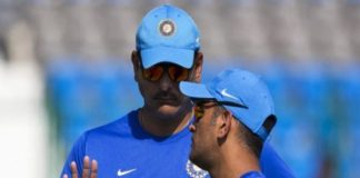 Ravi shastri and dhoni